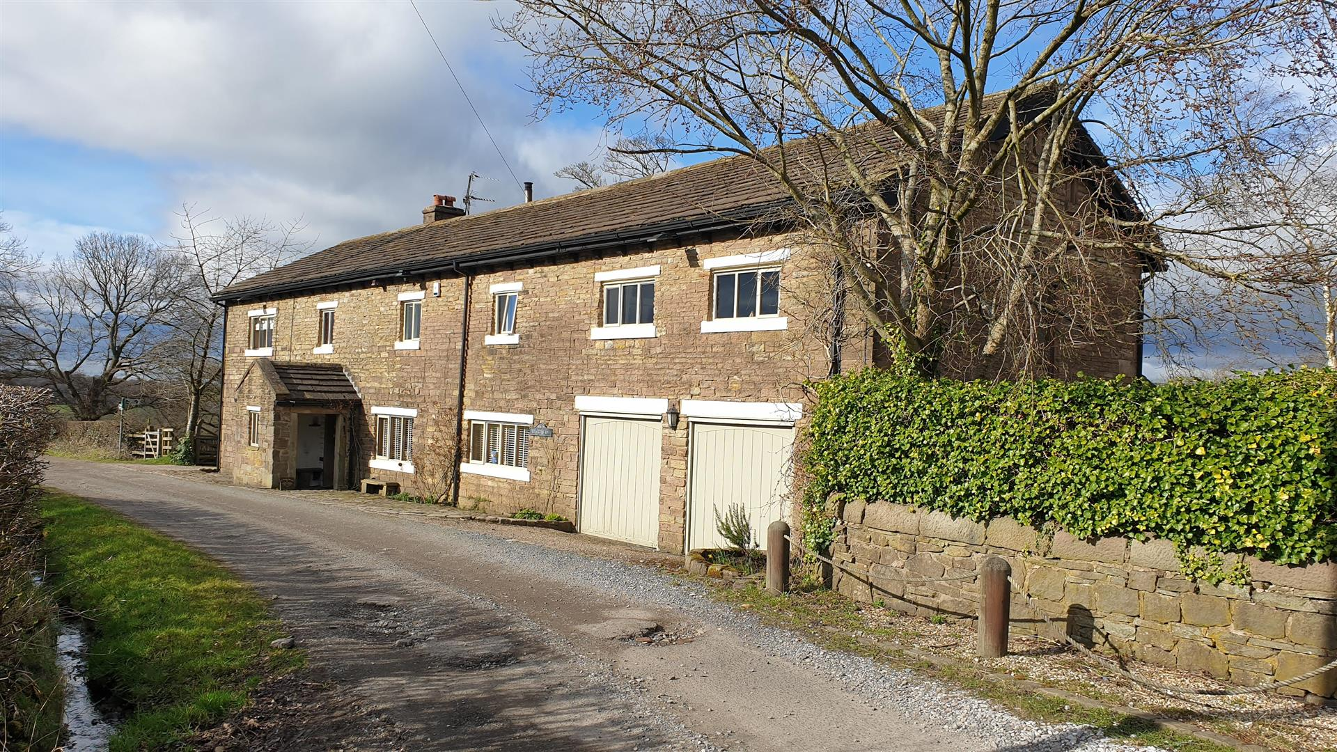 5 Bedroom Barn Conversion For Sale - Main Image
